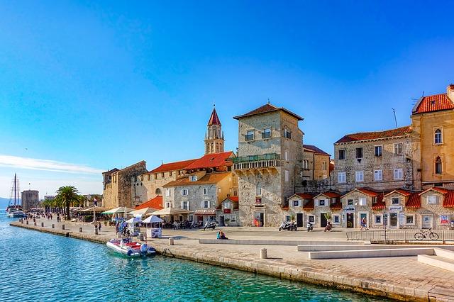 gestion location bateau trogir - Kiriacoulis France